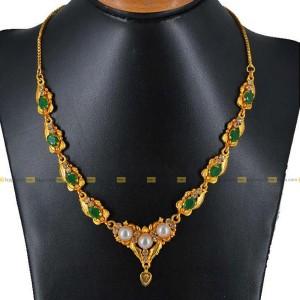 Lajga Pearl/Emerald Swirl Necklace For Women